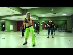 Zumba(r) Fitness- Lambada - YouTube