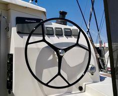 Nautex vient de livrer une magnifique barre composite à bord d'un Outremer 51 dont voici le retour de son propriétaire :)