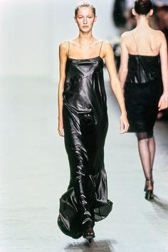 Calvin Klein Collection Fall 1999 Ready-to-Wear Collection Photos - Vogue