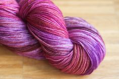 The amazingly talented Barbara from Dibadu Yarns will dye a new exclusive colorway for Strickmich! Club 2018 – join us now, sign-ups will be open for a limited time only