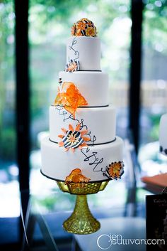 Retro Wedding Cake by cakesbythepound, via Flickr