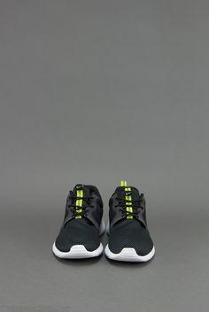 Nike Roshe Run Hyperfuse Black Venom Green