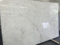 I like this granite as it looks like carrara marble