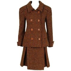 Preowned 1968 Christian Dior Haute-couture Plaid Wool Double-breasted... (6.870 BRL) ❤ liked on Polyvore featuring suits, brown and skirt suits