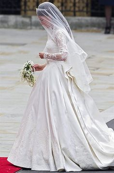 Prince William & Catherine Middleton Wedding Day,29th April, 2011 : beautiful shot of the bride to be, on her way into the abbey.
