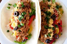Make these Slow Cooker Mexican Pulled Pork Tacos for dinner and use the leftovers for quick lunches. The recipe works well with chicken in the crock pot too Mexican Pulled Pork, Pulled Pork Tacos, Mexican Tacos, Pulled Chicken, Slow Cooker Tacos, Slow Cooker Recipes, Slower Cooker, Crockpot Recipes, Yummy Recipes