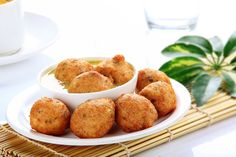 Tried making a Pan Fried Mysore Bonda - You must try this recipe and the taste is just as delicious as the deep fried ones. Don't forget the spicy coconut chutney that must go along with it. -->http://ift.tt/1UaJG9N #Vegetarian #Recipes