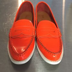 Gap Neon Penny Loafers Be the brightest one in the room with these neon orange penny loafers. They are in excellent condition, only worn a few times. Leather is stiff and still needs to be broken in. GAP Shoes Flats & Loafers