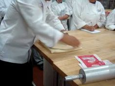 Lock-In and Folding Procedures of Laminated Dough - YouTube