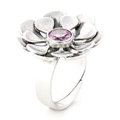 Caratia-sormus, malli 021 (synteettinen vaalenpunainen spinelli).  Sormuksen koko: 18 (sormuksen koko on säädettävissä)  Materiaali: Hopea  Pitoisuus: 925 (sterling)  Ikä: Uusi Malli, Hopea, Jewellery, Engagement Rings, Floral, Vintage, Fashion, Enagement Rings, Moda
