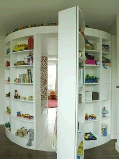 Childs reading room hidden behind toy shelves 31 Beautiful Hidden Rooms And Secret Passages Awesome Bedrooms, Cool Rooms, Awesome Beds, Cool Bedroom Ideas, Totally Awesome, Small Rooms, Dream Rooms, Dream Bedroom, Bedroom Loft