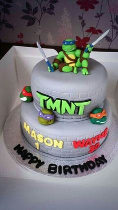 TMNT cake with handmade figure