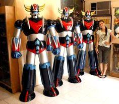 3 statues 1m80 de GrendiZer