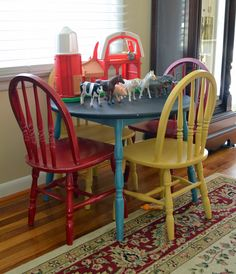 Kids table love the bright colors!!