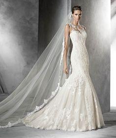Pladie, vestido de novia con pedrería estilo sirena