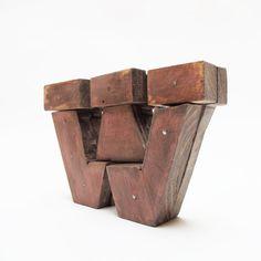 Letras de madera W estilo industrial por PETULAPLAS