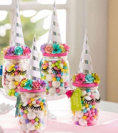 Unicorn birthday party decorations for a girl birthday Unicorn birthday party decorations for a girl birthday - Baby Shower Decor Unicorn Themed Birthday Party, Birthday Party Games, Birthday Party Decorations, Girl Birthday, Birthday Candy, Party Themes, Table Decorations, Unicorn Party Decor, Birthday Ideas