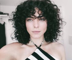Short-Hairstyle-for-Thick-Curly-Hair Popular Short Curly Hairstyles 2018 2019 - August 31 2019 at Curly Hair Styles, Thick Curly Hair, Curly Hair With Bangs, Haircuts For Curly Hair, Hairstyles With Bangs, Easy Hairstyles, Hairstyles 2018, Short Haircuts, Pretty Hairstyles
