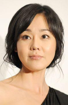 Yunjin Kim - Subtle Lively Striking