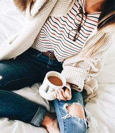Simple geek chic | casual sundays | ღ Stylish outfit ideas for women who love fashion!