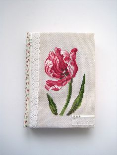 cross stitch dfea Veronique Enginger тюльпан tulip вышивка Just Cross Stitch, Cross Stitch Finishing, Cross Stitch Flowers, Cross Stitch Patterns, Herb Embroidery, Embroidery Stitches, Darling Buds Of May, Cross Stitch Pictures, Journal Covers