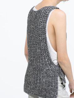 Gray Sleeveless Dipped Hem Knit Vest