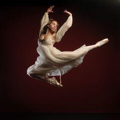 Beli dancer, by Ivan Zabrodski