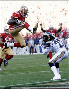 0febb3317 Vernon Davis 85 Taste of Blue caters to you