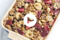 Baked Oatmeal with Strawberries, Banana and Chocolate (Video)