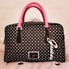 #Bags are the important things for fashion,, its an elegant look make it more your personality more charming.