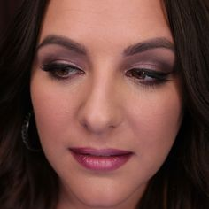Subtle smokey eye and ombré lips