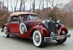 1936 Horch 853 Sport Cabriolet - can you guess what movie this was featured in - I'll give you a hint - the husband got the car - the wife got the hat - and their family was forever changed in this car. Auto Retro, Retro Cars, Vintage Cars, Vintage Style, Audi Motor, Motor Car, Luxury Sports Cars, Sport Cars, Sport Sport