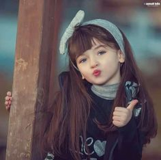 Stylo Princess Cute Little girl for fb Dp pic Cute Little Baby Girl, Little Girl Models, Beautiful Little Girls, Beautiful Children, Beautiful Babies, Pretty Kids, Cute Kids, Cute Babies, Cute Images For Dp