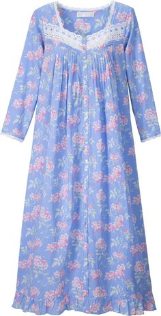 Eileen West Cherry Blossom Robe: Cherry blossoms are held in great esteem in… Night Gown Dress, Cotton Nighties, Nightgown Pattern, Pajama Outfits, Night Dress For Women, Nightgowns For Women, Designs For Dresses, Pakistani Dress Design, House Dress
