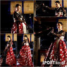 Cruel Palace - War of Flowers (궁중잔혹사 - 꽃들의 전쟁) Korean - Drama - Picture @ HanCinema :: The Korean Movie and Drama Database