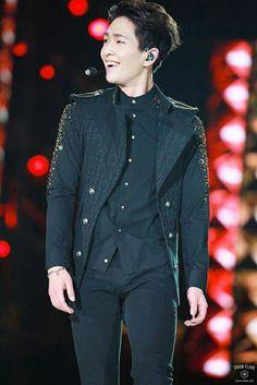 Onew Jonghyun, Lee Taemin, Asian Boys, Asian Men, Shinee Five, Shinee Debut, Lee Jinki, Korean K Pop, Kim Kibum