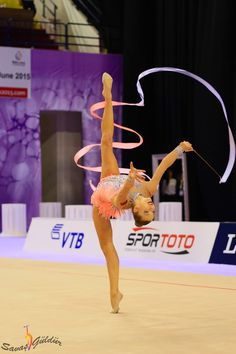 Melitina Staniouta, Belarus, was the 8th with ribbon in qualifications and the 4th in finals in World Championships Izmir 2014