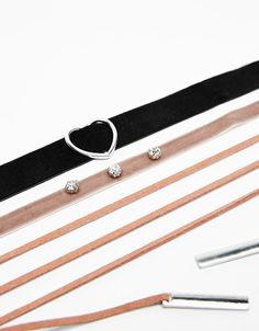 Set of 3 metal heart chokers. Discover this and many more items in Bershka with new products every week