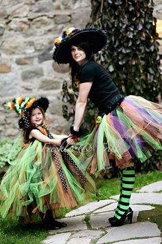 This would be a fun Halloween costume to make.  : ) {Tutu} {DIY Witch Costume Idea}           @Lauren Davison D   I just keep seeing you in this pic, doing every holiday and mommy mode activity.  this is super cute too.