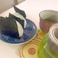 朝ごはん… - 10件のもぐもぐ - オニギリ by rinkunsaiko0802