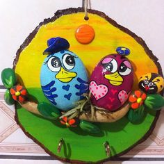 This Pin was discovered by Sar Stone Crafts, Rock Crafts, Fun Crafts, Diy And Crafts, Painted Rocks Owls, Rock And Pebbles, Pet Rocks, Shell Art, Home And Deco