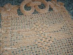 Feito com linha de seda  Os cachos e as argolas são feitos totalmente em crochê sem enchimento.  Faço nas cores e tamanhos desejados.  Pode ser feito em duas cores/mesclado  E também o jogo completo de cozinha ex:  Capa de liquidificador, Botijão de gás, Galão de aguá, etc..., no mesmo modelo.    Vendemos também no atacado acima de 6 peças.  Preço a combinar.    Tirar duvidas por e-mail: meirilene-faria@hotmail.com  Celular Tim: 011-95285-9882 R$ 78,00