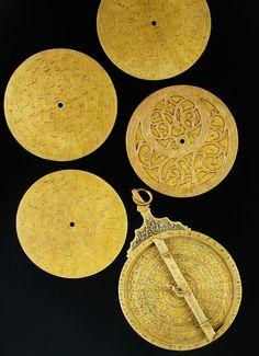 illusionsperdues:    Iranian astrolabe c.1704; creator unknown.
