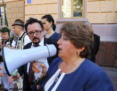 Rom�nii din nordul Bucovinei au protestat �n fața Administrației Regionale de Stat din Cernăuți (str. Grușevski, 1) pentru a-și exprima at...