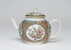 Teapot and Lid Artist/maker unknown, Chinese Qing Dynasty (1644-1911) c. 1735-40
