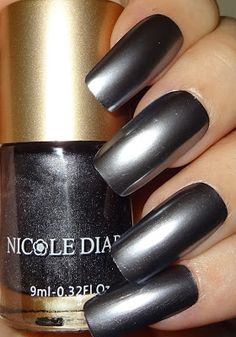 Wendy's Delights: NICOLE DIARY - Satin Chrome / Foil Effect Nail Polishes Matte Nails, Black Nails, My Nails, Acrylic Nails, Black Nail Designs, Acrylic Nail Designs, Nail Art Designs, Foil Nails, Glitter Nails