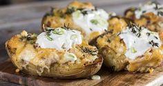 Recipe thumb akis petretzikis gemistes patates me tiria site 1 Orzo Rice Recipe, Greek Recipes, Raw Food Recipes, Rice Recipes, Recipies, Stuffed Baked Potatoes, Baked Potato Recipes, Potato Skins, Good Fats