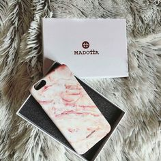 @madotta Photo by @diliciousblush Thanks! #madotta #marble #iphonecase #marblecase #pinkmarble more on http://ift.tt/2ctGaaW