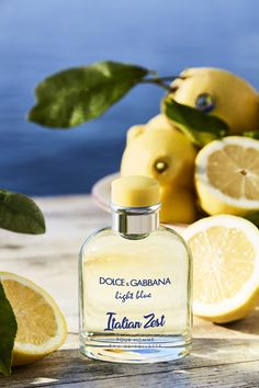 Add a zesty twist to your daily routine! It will already feel like summer with the new limited edition, Light Blue Italian Zest pour Homme. Light Blue Dolce Gabbana, D&g Cosmetics, Dg Light Blue, Bvlgari Aqva, Perfume Collection, Beauty Packaging, Beauty Hacks, Perfume Bottles, Pure Products