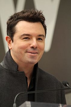 Seth MacFarlane slams 'Duck Dynasty' while accepting award at 5th Annual Critics Choice TV Awards | TheCelebrityCafe.com